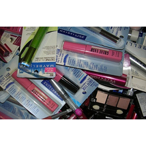 Wholesale LOT Maybelline Assorted Cosmetic Lot  200 Units per Case