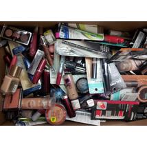 Wholesale LOT L'Oreal Assorted Cosmetic Lot   100 Units per Case