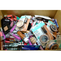 Wholesale LOT L'Oreal & Maybelline Cosmetic lots Assorted Cosmetics 402 Units per Case
