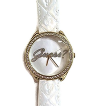 Đồng hồ nữ Guess U0570L1 White Leather Embossed